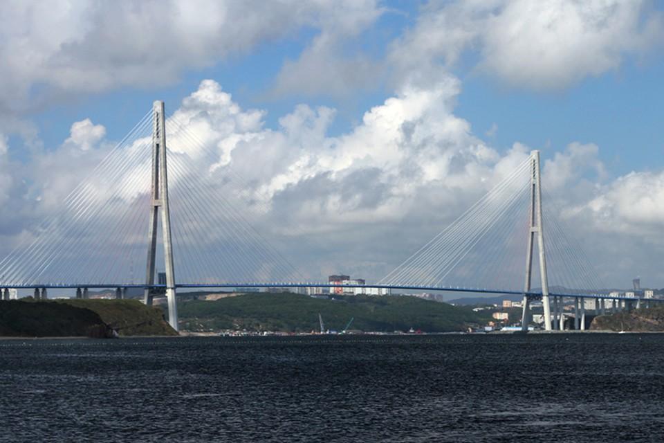 """Мост на остров """"Русский"""" - одна из достопримечательностей, которая украсит новые купюры"""