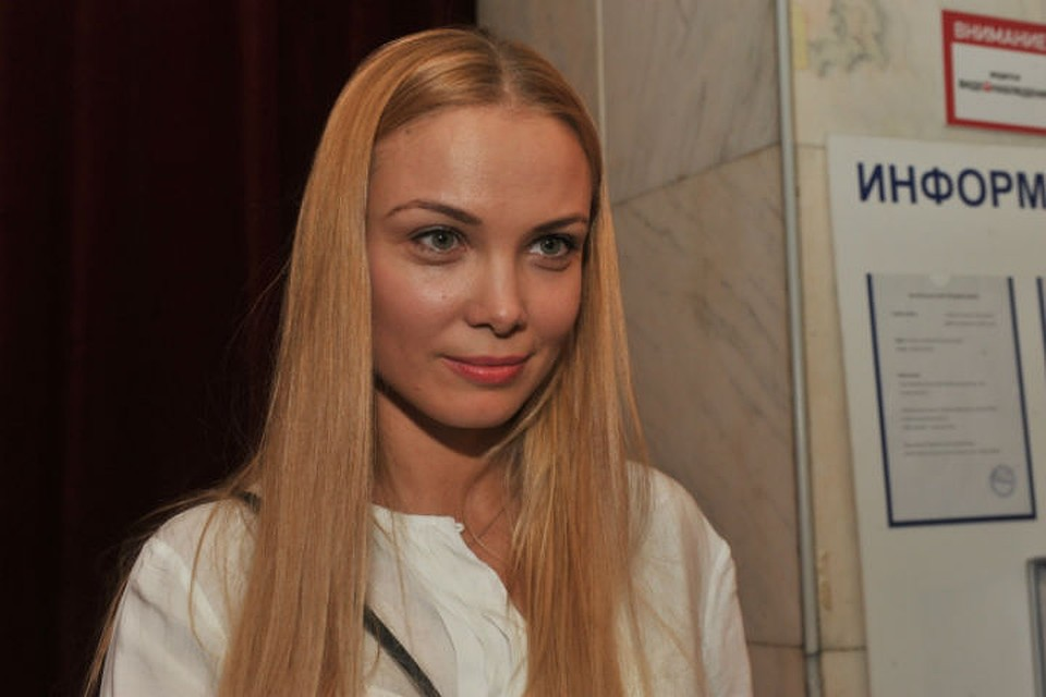 Таня стриптизерша