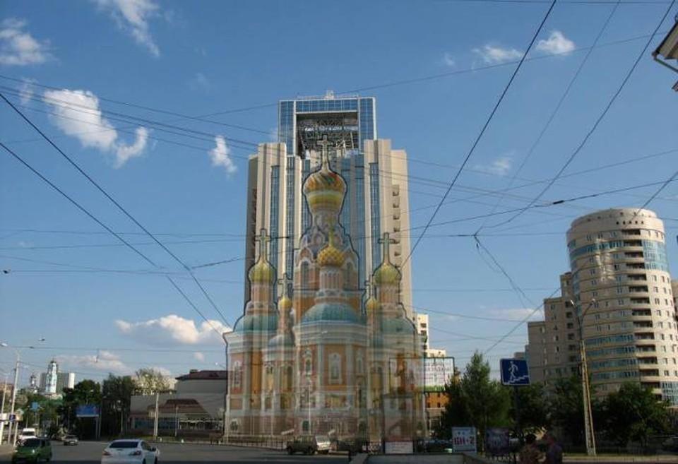 Из-за ошибки в подсчетах, храм на воде будет в два раза выше. Фото: Эдуард Кубенский/ Facebook