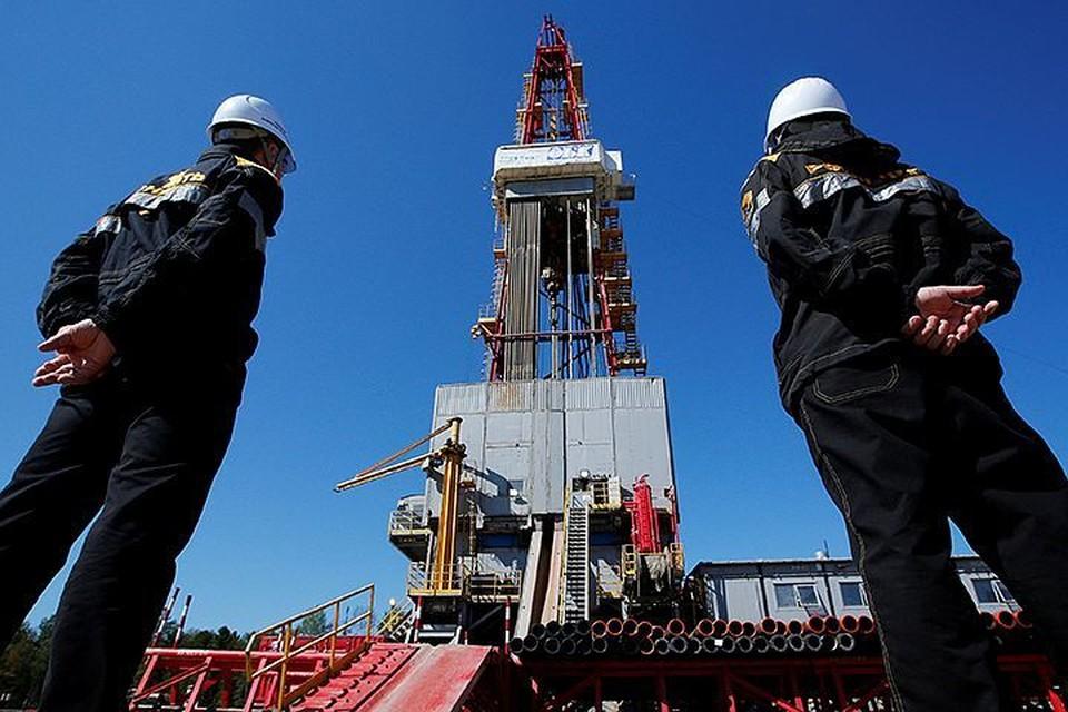 Нефть поднялась выше полусотни долларов за бочку. Но что будет, когда администрация Трампа снимет все ограничения на добычу нефти-газа в Америке?