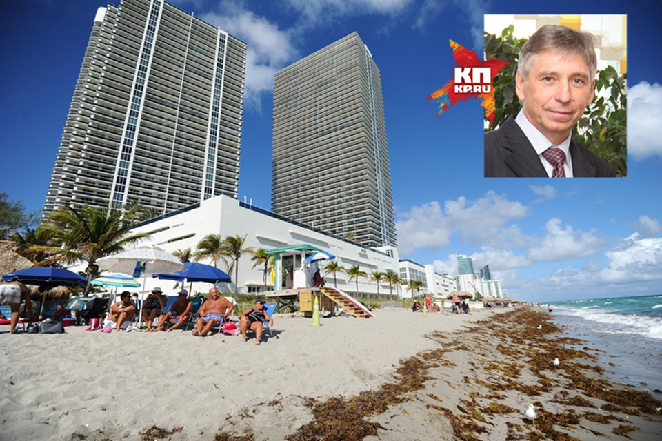 Квартира находится в элитном доме с собственным пирсом и бассейном, расположенном в считанных метрах от пляжа.