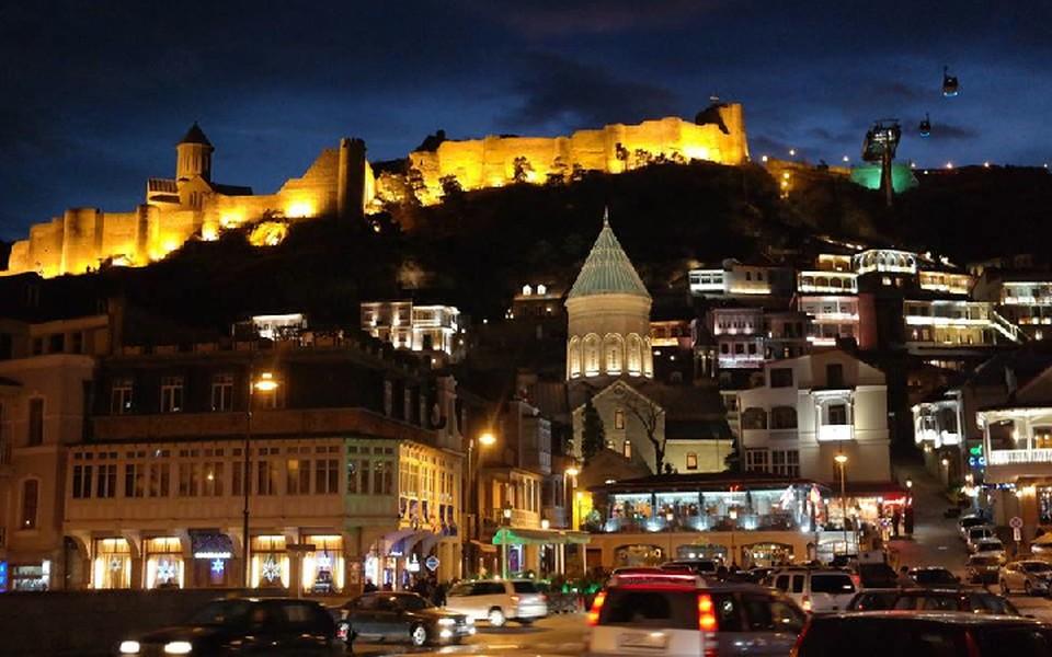 Тбилиси - один из самых популярных маршрутов для поездки на февральские выходные.