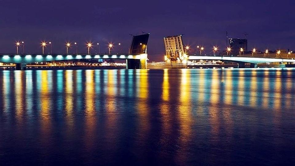 отправления прибытия во сколько разводится мост александра невского гелием