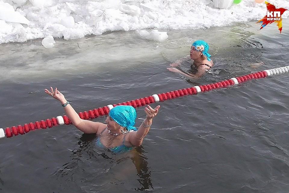 Игры пьяные бабы раздеваются в ледяной воде фото 769-918