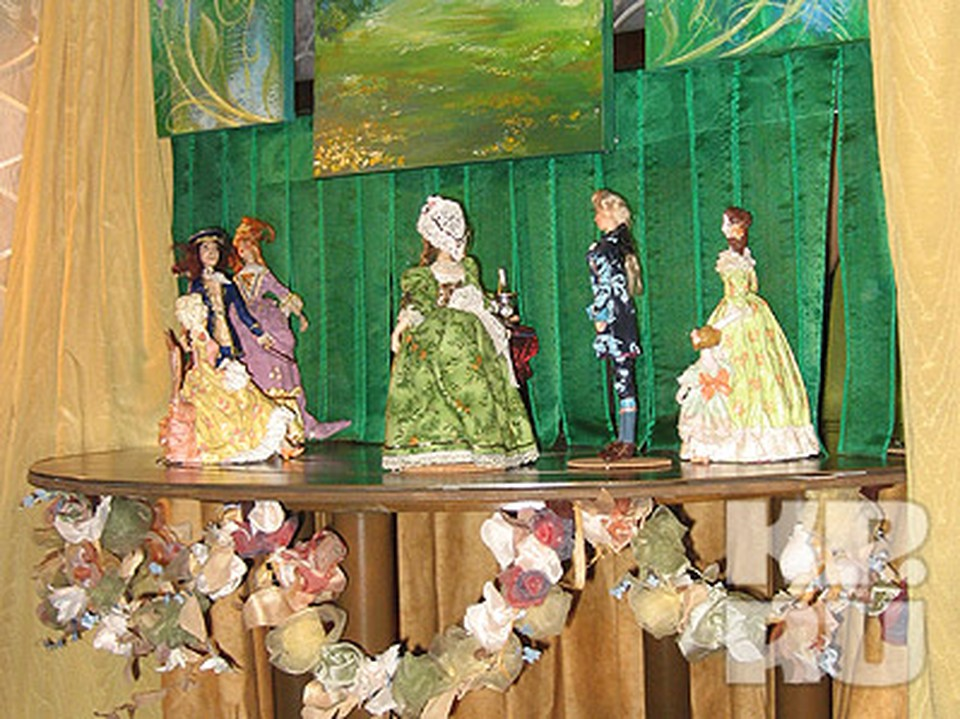 Кукольный спектакль в магазине