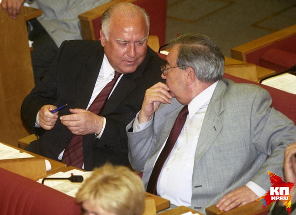 Перед назначением премьер-министром получал предложение от Виктора Черномырдина стать его первым заместителем и дал на это согласие, однако Госдума не поддержала назначение Виктора Черномырдина премьер-министром