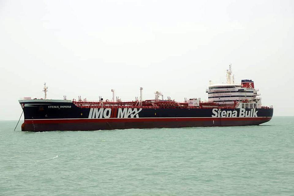 Иранские власти определили судьбу экипажа задержанного британского танкера: до окончания расследования все члены команды обязаны оставаться на судне