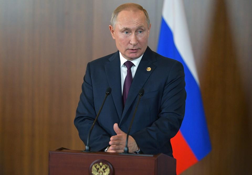 Президент России Владимир Путин ответил на вопросы журналистов на саммите БРИКС.