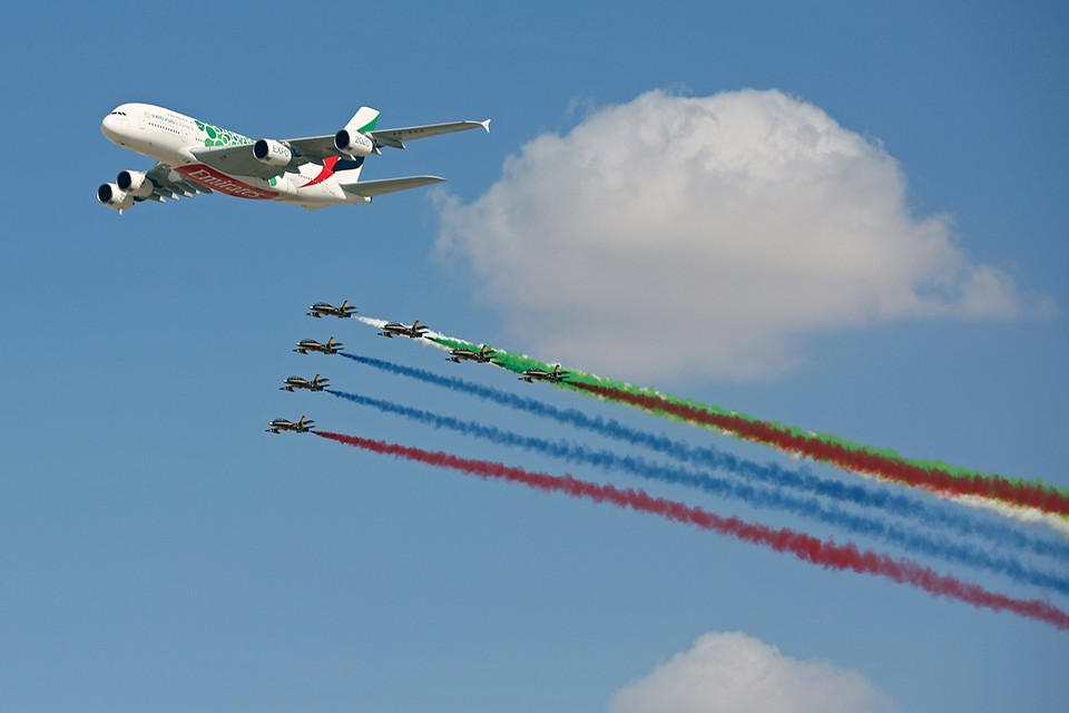 В Объединенных Арабских Эмиратах начал свою работу авиа-космический салон Dubai Airshow 2019