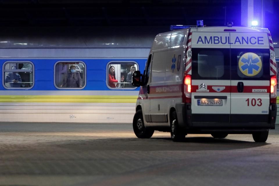 В Киев прибыл поезд с эвакуированными из Литвы и Латвии, коронавируса у них не выявили