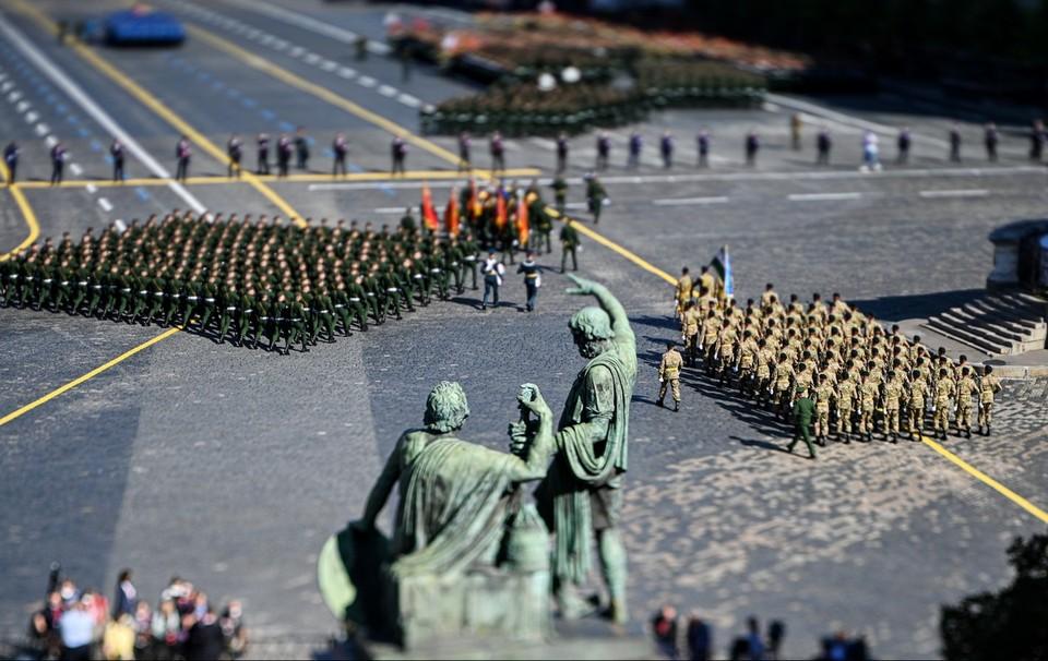 В Москве состоялся парад в честь 75-летия Победы в Великой Отечественной войне.