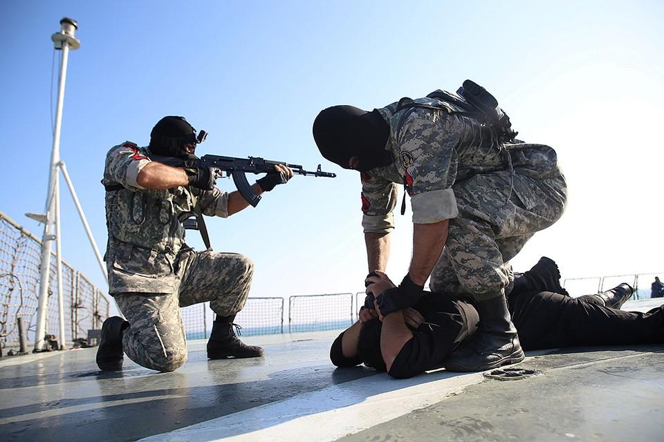 В Индийском океане проходят масштабные военно-морские учения России и Ирана «Пояс морской безопасности — 2021»