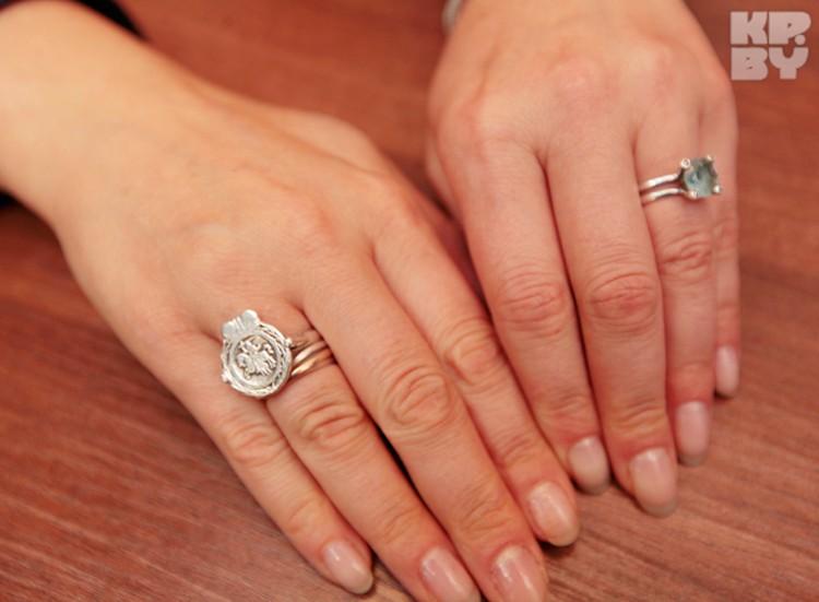 Кольцо с печаткой Татьяна специально заказывала у знаменитого мастера в Бресте, который делал подобные украшения многим известным белорусам.