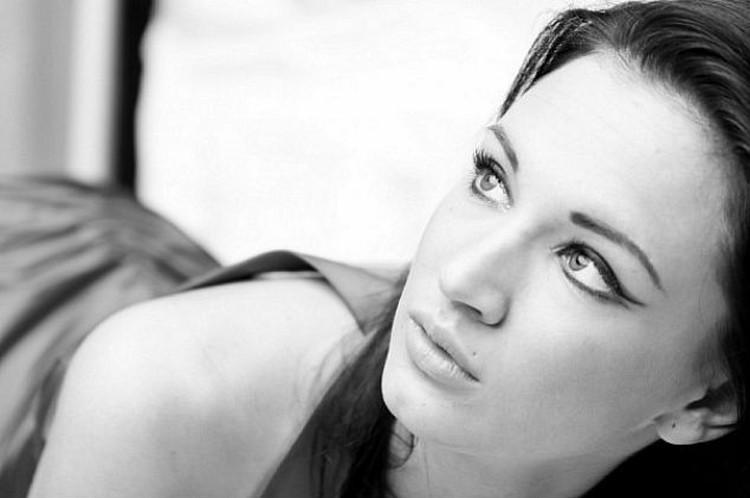 Елена Домашняя окончила журфак, подрабатывая моделью и трудясь в салоне красоты. Фото: Соцсети