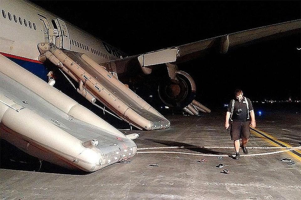 фото пилотов спасших рейс доминикана воду везде