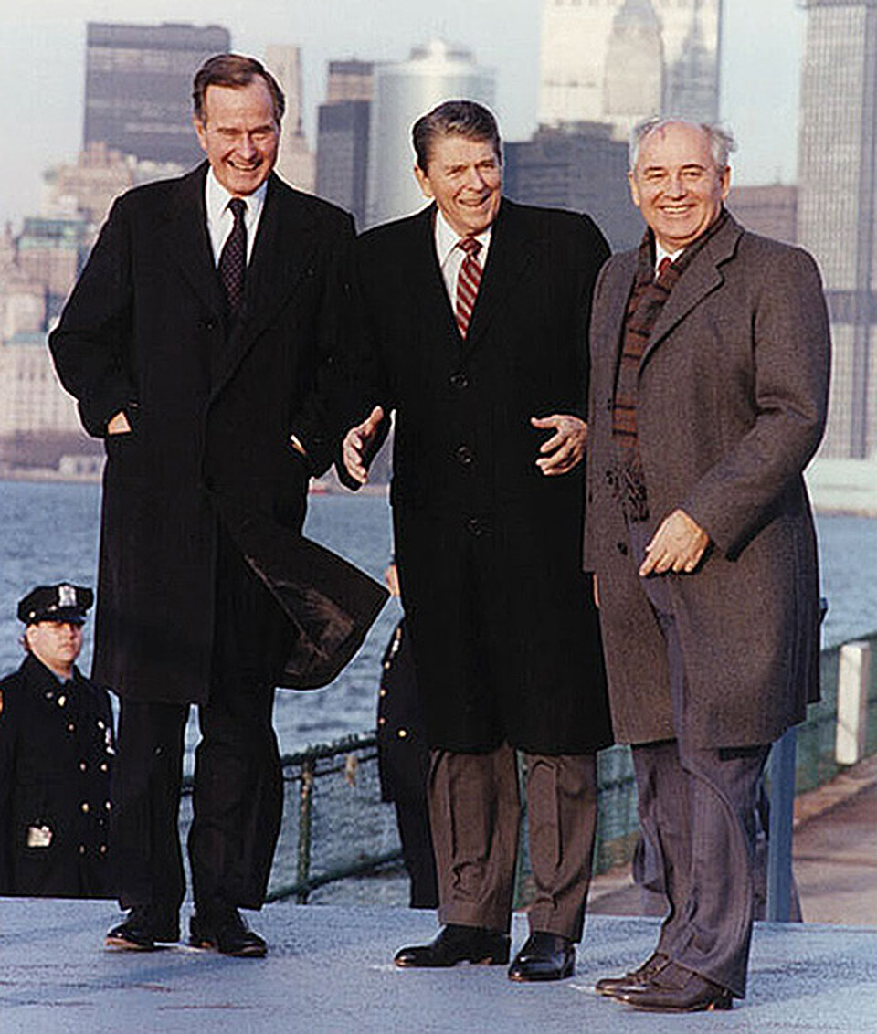 Джордж Буш, Рональд Рейган и Михаил Горбачев в 1988 году. Фото: Ronald Reagan Presidential Library