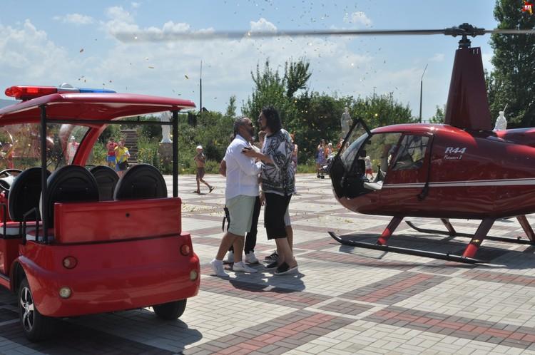 """Киркров прилетел в """"Тайган на вертолете."""