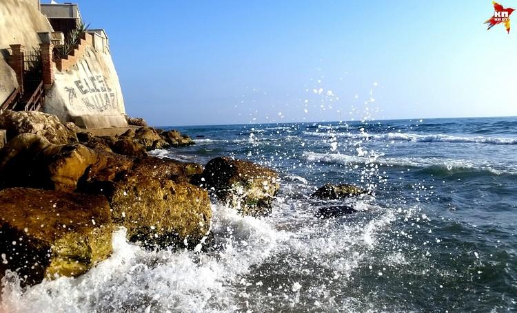 Стоит увидеть Тирренском море один раз, как тут же в него влюбляешься.