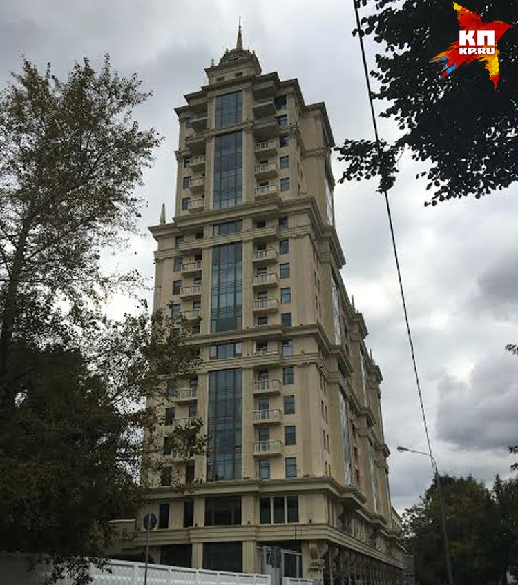 Дом, в котором Захарченко оформил квартиру на дочь