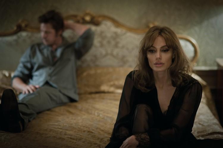 """В картине """"Лазурный берег"""" Анджелина и Брэд сыграли супругов, переживающих глубокий кризис отношений. Этот кризис перешел и в их реальную жизнь. Фото: EAST NEWS."""