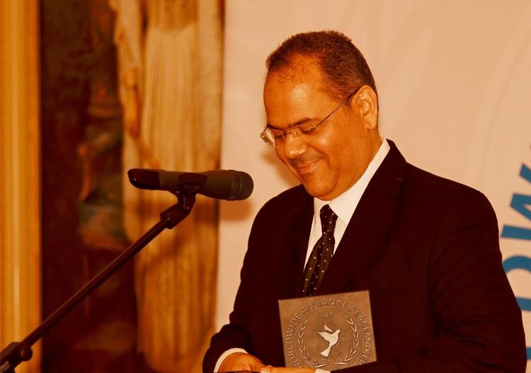 По словам Ахмеда Аль-Саати, он приехал в Ялту в поисках мира и спокойствия.