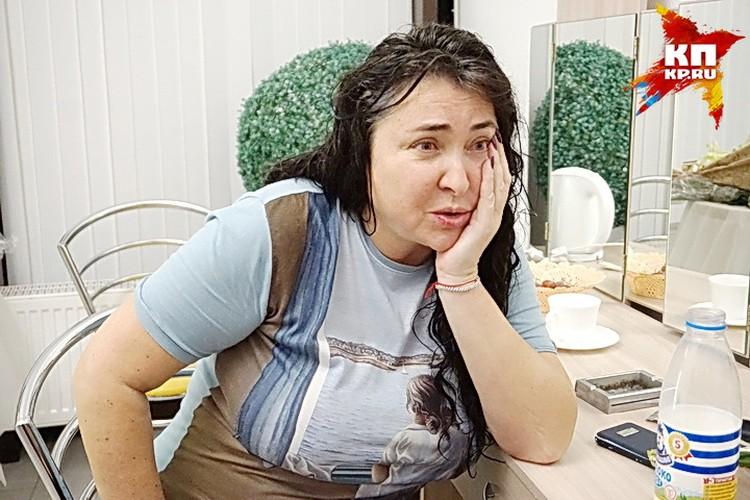 Лолита рассказала, как вытаскивала мужа из секты.