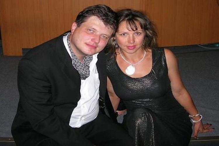 У Андрея Савельева остались жена и сын.