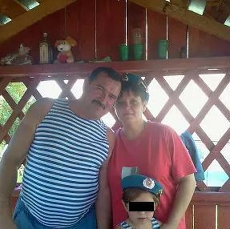 Пара воспитывала мальчика как своего ребенка.