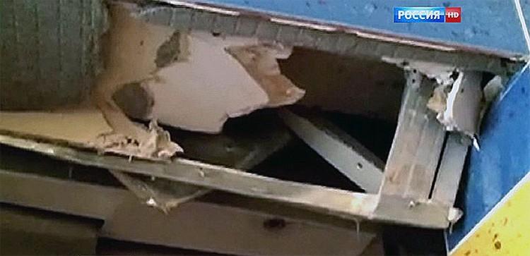 Кабина по непонятной пока причине рухнула в шахту с высоты 7 этажа