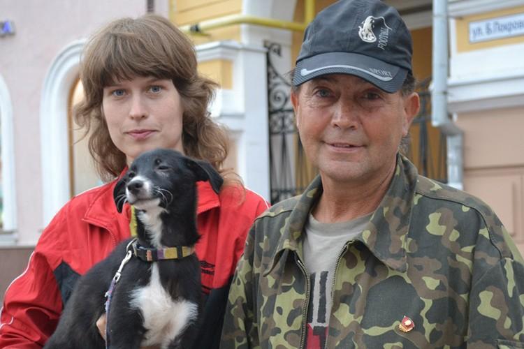 Инна Родионова много лет стоит на Покровке и собирает деньги якобы на корм животным.