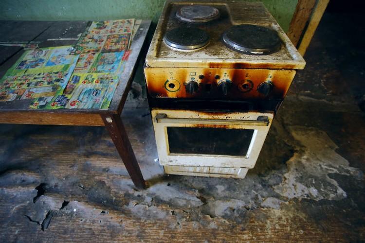 Готовить на общей кухне жильцы почему-то не любят.