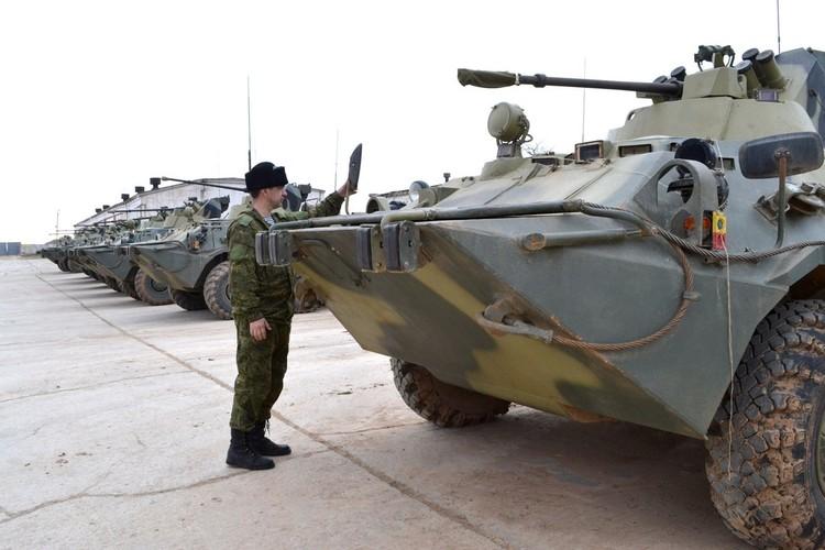 В распоряжении современной пехоты ВМФ России бронетранспортеры, плавающая техника и машины высокой проходимости.