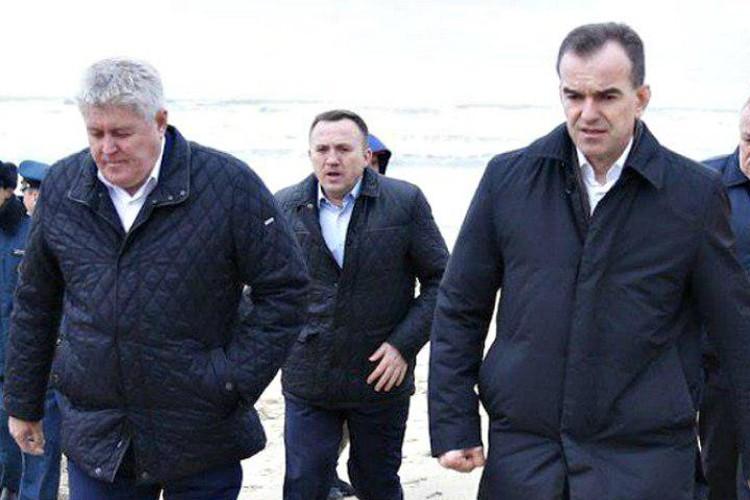 Слева направо: мэр Анапы Сергей Сергеев, быший вице-губернатор Юрий Гриценко, губернатор Кубани Вениамин Кондратьев Фото: администрация Краснодарского края