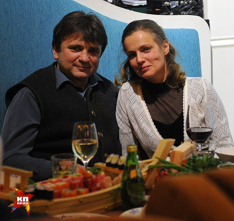 Телеведущий Тимур Кизяков с супругой Еленой