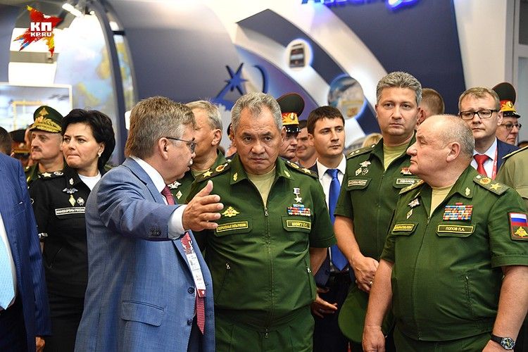 С каждым годом наш форум становится всё более масштабным, - заявил на открытии министр обороны Сергей Шойгу