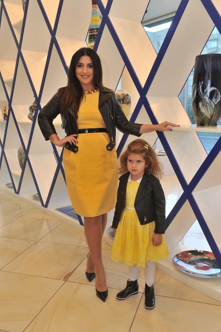 Жасмин с дочерью Маргаритой (5 лет)