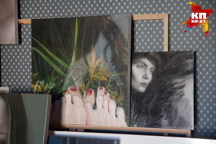 Даже изображенные на портретах люди порой не могут поверить, что это холст, а не фотография.