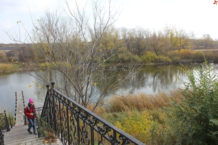 Иргизский Воскресенский мужской монастырь, Монашеское озеро.
