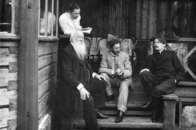 Наталья Нордман, Стасов, Репин и Горький. Фото предоставлено Фондом исторической фотографии имени Карла Буллы.