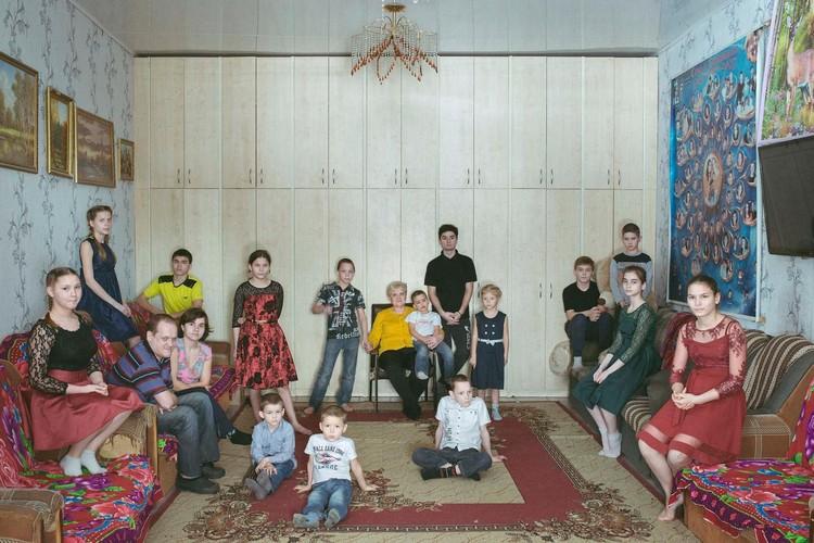 """В просторном доме Сорокиной места хватает всем. Фото: страница в """"Одноклассниках"""" Татьяны Сорокиной."""