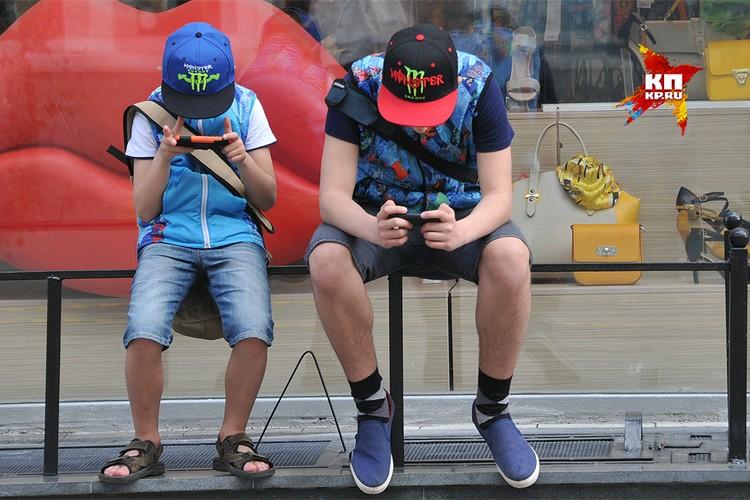 Есть гипотеза о том, что смартфоны и интернет оказывают такое губительное влияние на растущий детский организм. Правда, с оговорками.
