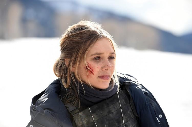 Роль агента ФБР в исполнила Элизабет Олсен. Фото: кадр из фильма «Ветреная река»