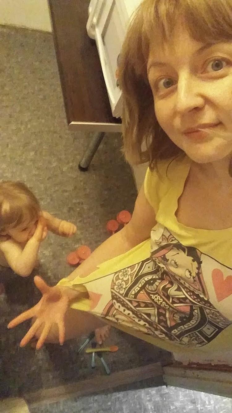 Порвали на маме платье