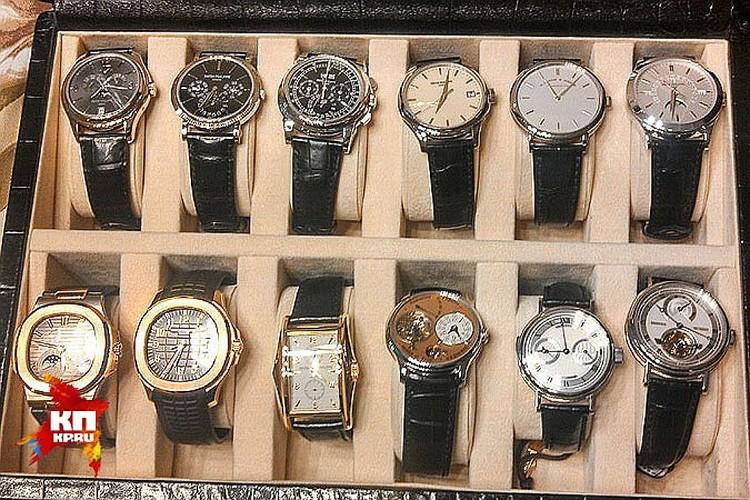Часы, в большинстве своём, золотые