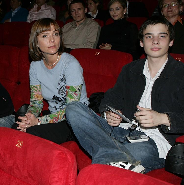 Екатерина Семенова с сыном Никитой Табаковым