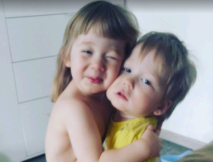 Сестринская любовь беспощадна!