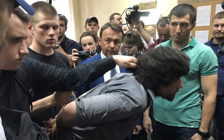 Бразильца Рафаэля в Киеве ждет расправа нацистов