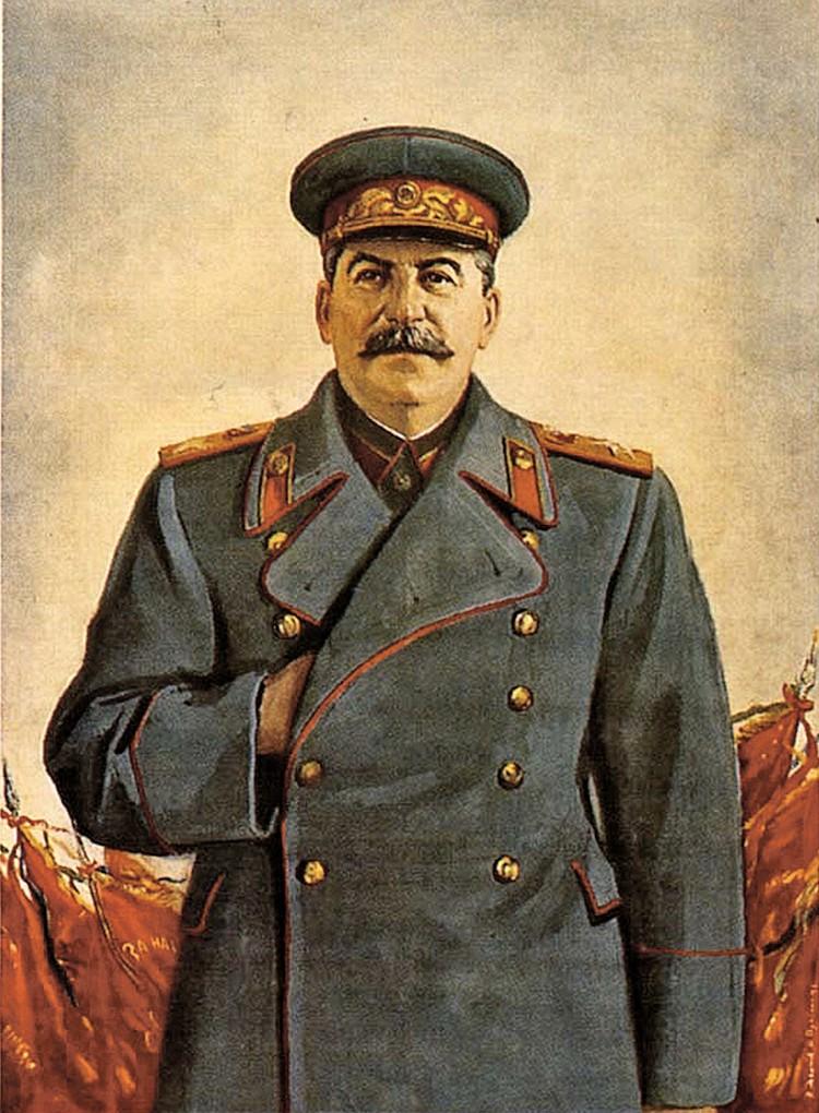 Сталин часто не верил донесениям разведчиков. Фото: В. Правдин, Н. Денисов, 1948