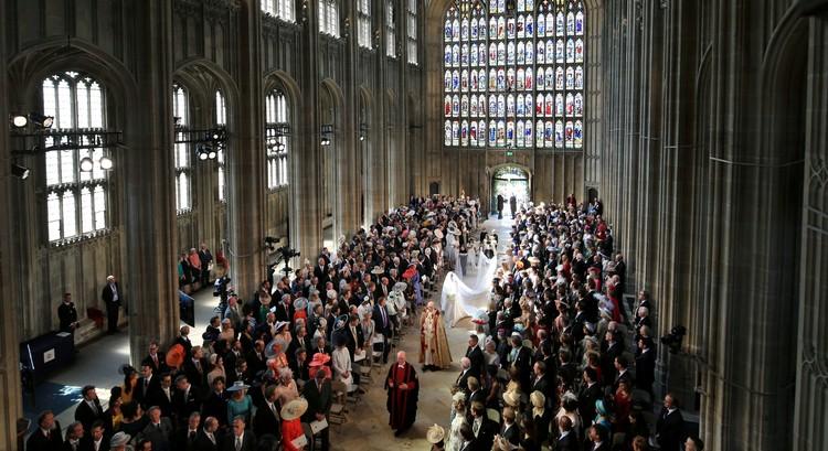 Церемония проходила в часовне Святого Георгия в Виндзоре