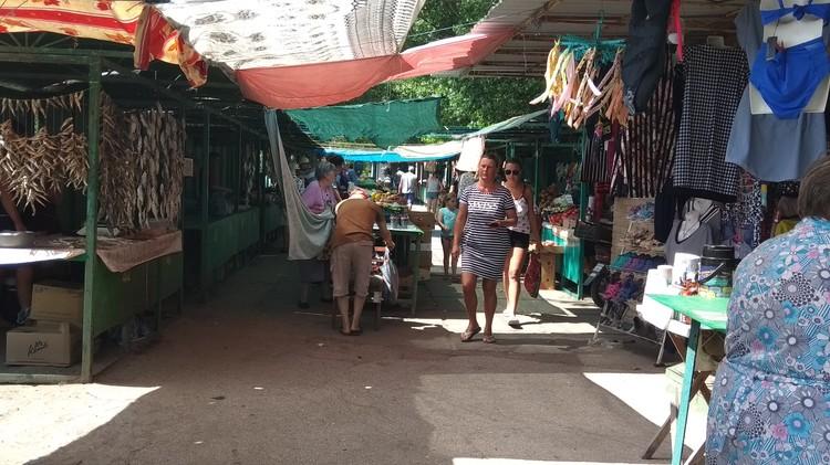 Цены на рынке практически в два раза выше, чем в Донецке